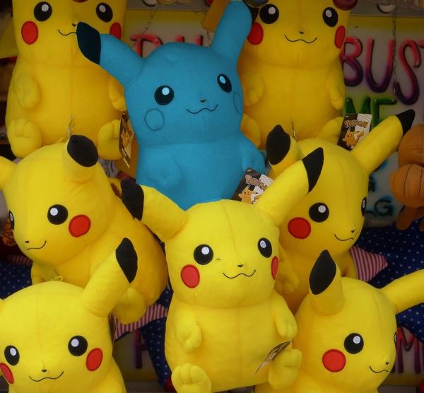 blue-pikachu
